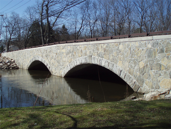 MA: Pleasant Street Bridge Project