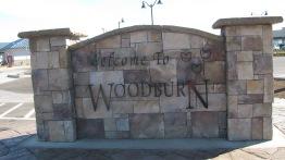 I-5 Woodburn welcome sign