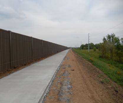 shared usepath along noise wall